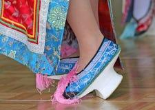 De traditionele Chinese Hoge Schoenen van de Dans van de Hiel Stock Afbeelding