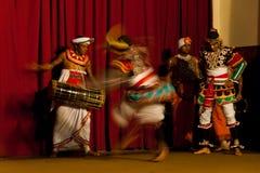 De traditionele dans toont bij Y M B A Zaal in Kandy, Sri Lanka royalty-vrije stock afbeeldingen