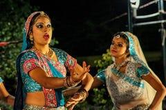De traditionele dans van India. royalty-vrije stock afbeeldingen