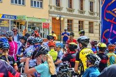 De traditionele Fiets van de fietsconcurrentie voor het leven Raceauto's die wachten te beginnen Stock Afbeeldingen