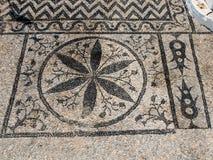De traditionele Griekse vloer van het kiezelsteenmozaïek Stock Foto