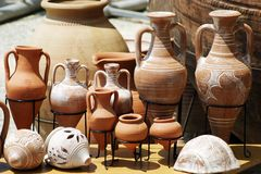 De traditionele Potten van de Klei Stock Afbeeldingen