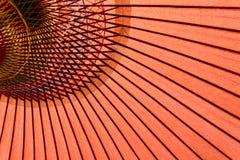 De traditionele rode paraplu van Japan Royalty-vrije Stock Afbeelding