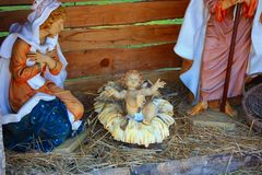 De traditionele scène van de Kerstmisgeboorte van christus stock afbeeldingen