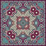 De traditionele sier bloemenbandana van Paisley Stock Afbeeldingen