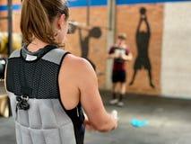 De training van het gewichtsvest - Hoge intensiteit stock afbeelding
