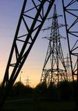 De transmissie van de elektriciteit Stock Fotografie