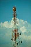 De transmissietorens van de telefoon. Stock Foto's