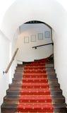 De trap van de overwelfde galerij. royalty-vrije stock afbeelding
