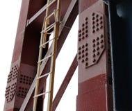 De trapladder bij de Kolom Stock Afbeeldingen