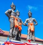 De tre konungarna monument, Thailand Royaltyfria Bilder