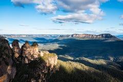 De tre systrarna, blåa berg i höst, Australien Royaltyfria Bilder