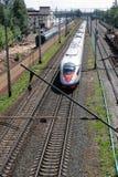 De trein SAPSAN gaat Stock Foto's