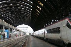 De trein van de hoge snelheid in post Royalty-vrije Stock Foto