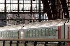 De trein van de passagier in post stock afbeelding
