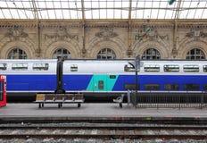 De trein van de passagierssnelheid. Stock Foto