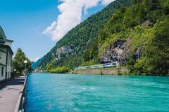 De trein van Europa in de stad van Interlaken Royalty-vrije Stock Afbeelding