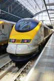 De trein van Eurostar bij de St Pancras post in Londen Stock Afbeeldingen