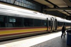 De trein van het spoor. Stock Foto