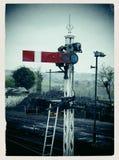 De treinsignaal van de seinpaal Royalty-vrije Stock Foto's