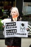 De Tribune tot Racisme maart door centraal Londen stock afbeeldingen