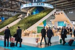 De tribune van Expo 2015 bij Beetje Milaan, Italië Royalty-vrije Stock Afbeeldingen
