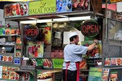 De tribune van het Halal snelle voedsel Stock Foto's