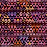 De trillende driehoek van de bohostijl herhaalt patroon vectorontwerp op zwarte achtergrond Groot voor luxe, welzijn, yoga, schoo stock illustratie