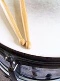 De Trommel en de Trommelstokken van de strik Royalty-vrije Stock Foto