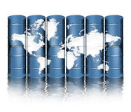 De trommels en de kaart van de olie Stock Foto's