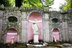 De trucfontein in Hellbrunn-paleis, Salzburg, Oostenrijk Stock Afbeeldingen