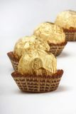 De truffels van de chocolade in folieomslag Royalty-vrije Stock Foto
