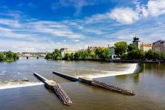 De Tsjechische Republiek van riviervltava Praag Stock Afbeeldingen