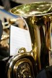 De tuba in de Band stock afbeeldingen