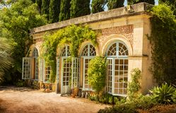 De tuin plant de behoudende bouw - architectuur royalty-vrije stock foto's