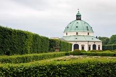 De tuin van de bloem in Kromerizi stock foto