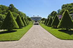 De tuin van het kasteel Royalty-vrije Stock Foto's