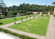 De tuinen bij het Museum van Vatikaan stock foto's