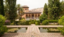 De tuinen van Generalife binnen het Alhambra paleis Stock Foto