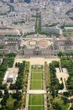 De tuinen van het Champ de Mars van le in Parijs, Frankrijk Stock Afbeeldingen