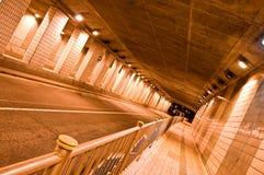 De Tunnel van de nacht Stock Afbeeldingen