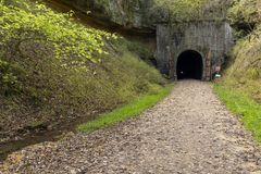 De Tunnel van de fietssleep Stock Foto's