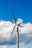De Turbine van de wind - alternatieve en groene energiebron Royalty-vrije Stock Afbeelding