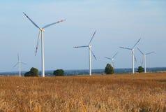 De turbines van de wind produceren energie Royalty-vrije Stock Fotografie