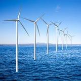 De turbines van windgenerators in overzees royalty-vrije stock afbeeldingen