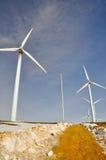 De turbineslandbouwbedrijf van de wind in de winter Royalty-vrije Stock Fotografie