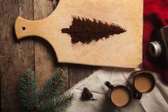 De twee koppen van koffie op houten achtergrond Royalty-vrije Stock Foto