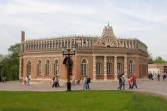 De tweede arrogante bouw van Paleis Tsaritsyno stock fotografie