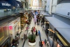 De tweede kerstdag is de bezigste het winkelen dag van het jaar Stock Foto
