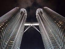 De TweelingToren van Petronas bij nacht Stock Afbeelding
